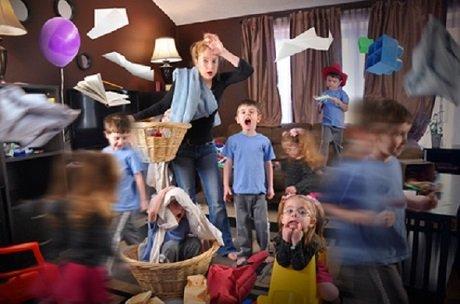 Überforderte Mutter -mit autistischen Kindern?